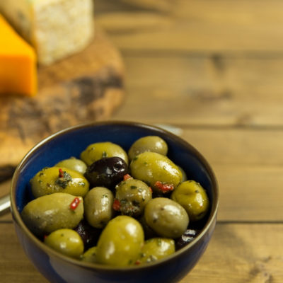 healthy fats - olives and cheese
